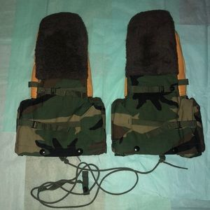 Other - USGI Military Issue Woodland Camo Arctic Gloves